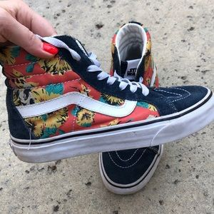 Vans Shoes - Vans x Star Wars Yoda Aloha Sk8-Hi's 🌀🌺